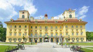 Blick auf Gerichtsgebäude in Eisenstadt